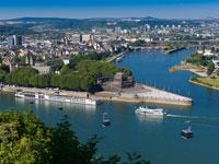 Im Deutschen Eck in Koblenz mündet die Mosel in den Rhein.